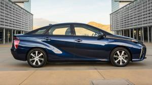 Toyota Mirai - erste Wasserstoff-Limousine in Großserie