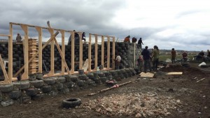Earthship Schloss Tempelhof early stages vlcsnap-2016-03-24-21h24m07s831