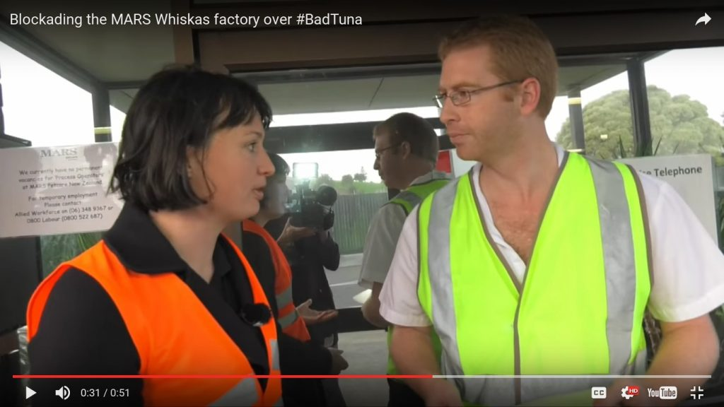 Greenpeace Blockading the MARS Whiskas factory over BadTuna 19.5.2016_Letter_To_Factory_BOss