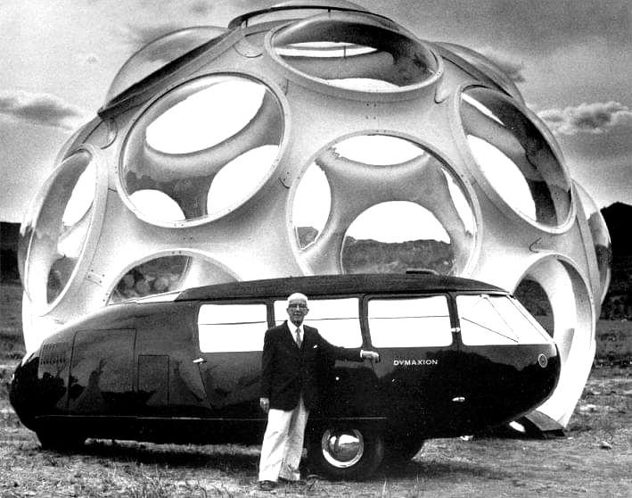 https://de.wikipedia.org/wiki/Dymaxion#Dymaxion-Auto